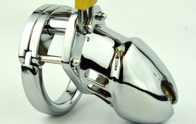Helpful Tips On How To Get Through Long-Term Use of Male Chastity Device